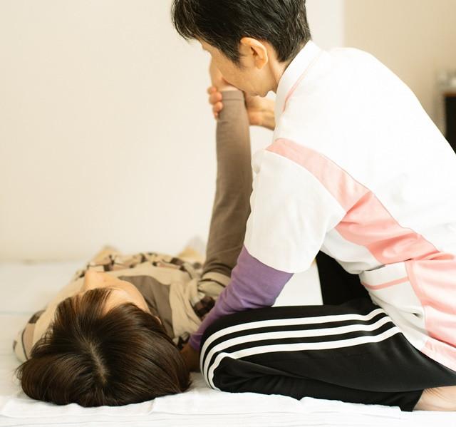 施術は、呼吸に合わせて全てゆっくり・優しく・眠ってしまうほど気持ち良い