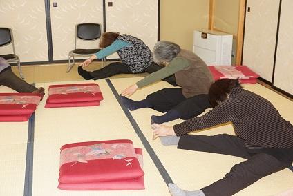 湯沢市幡野地区センターで健康体操教室